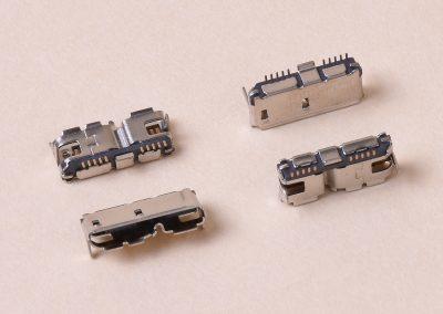 MICRO USB 3.0 B F 002
